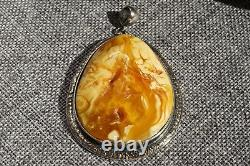 ANTIQUE BALTIC NATURAL MARBLE AUTHENTIC WHITE COLOR AMBER PENDANT 27 g