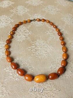 Antique Baltic Amber Necklace Butterscotch Egg Yolk Art Deco Beads 21.5 G