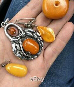 Antique Natural Butterscotch Egg Yolk Baltic Amber Beads Necklace