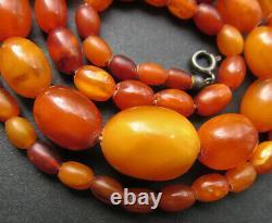 Antique Natural Butterscotch Egg Yolk Baltic Amber Beads Necklace 11.6g