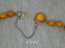 Beautiful Vintage Sterling Butterscotch Honey Red Baltic Amber Bead 18 Necklace