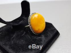 Natural Antique 7.99 gr. Butterscotch Egg Yolk Baltic Amber Ring