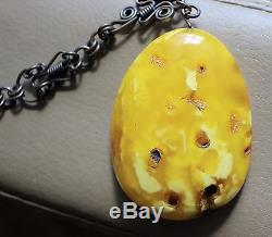 Natural Vintage Baltic Amber Butterscotch Yellow Pendant Necklace 14,0 Gr