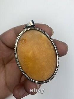 Rich Antique 1900s Natural Baltic Egg Yolk Butterscotch Marbled Amber Pendant