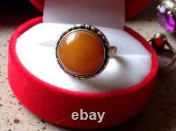 Vintage Soviet Russian Sterling Silver Ring 100% Genuine Royal Baltic Amber